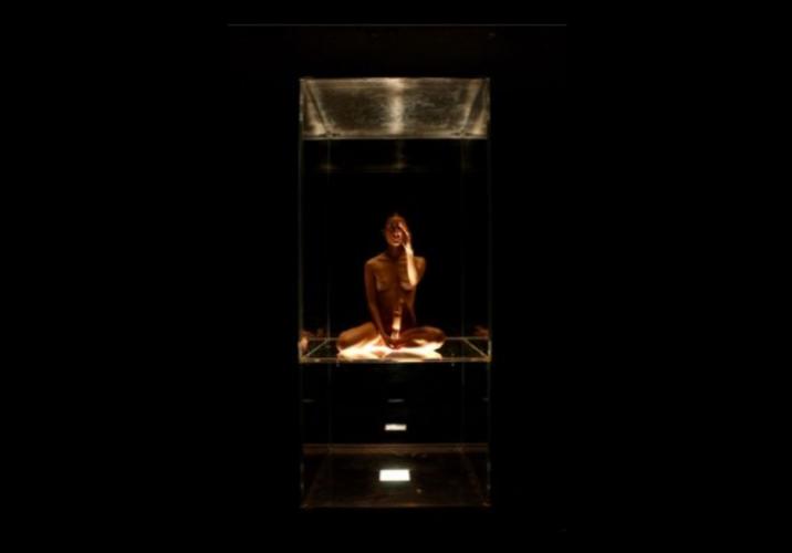 Citta-di-Ebla-Wunderkammer-2006-foto-di-Laura-Arlotti-2-716x500.png
