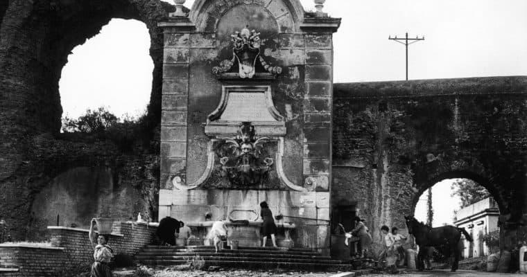 Voix Corp-Helga Finter-W. Klein, The aqueduct in Via del Mandrione and in Via di Porta Furba, Rome, 1957