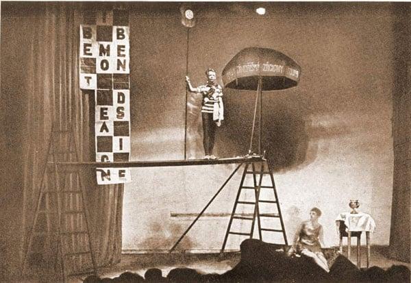 Georges Ribemont-Dessaignes, <em>Il canarino muto</em>, regia Jindřich Honzl, Teatro Liberato, Praga, 1926