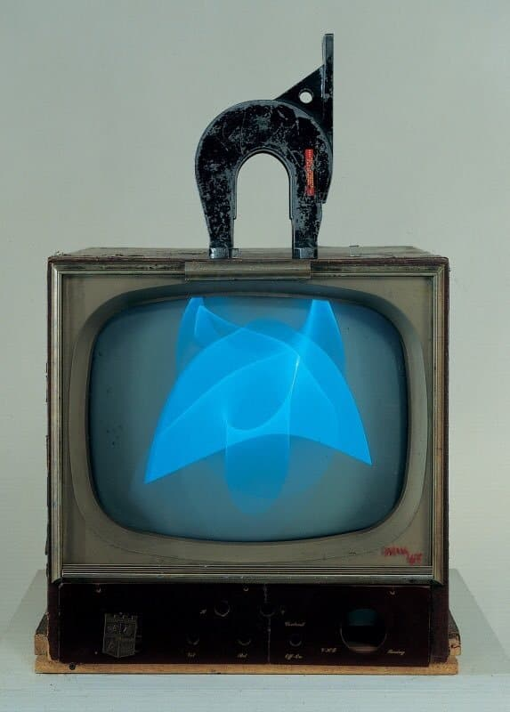 Nam June Paik: Magnet TV (1965)