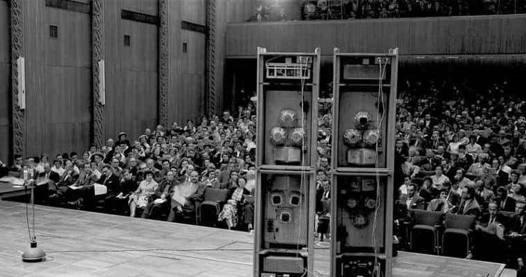 Karlheinz Stockhausen, Premier of GESANG DER JÜNGLINGE, 30 May 1956, WDR Cologne. © karlheinzstockhausen.org