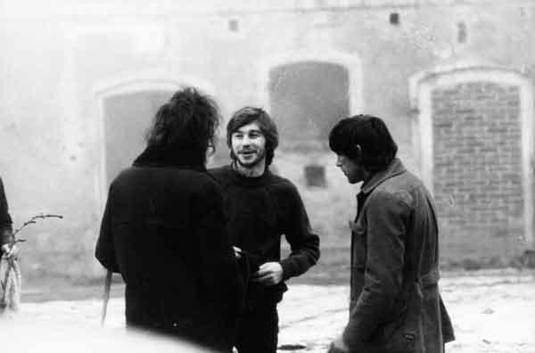 Jerzy Grotowski, Włodzimierz Staniewski e Ryszard Cieślak in Brzezinka, primi anni Settanta. Foto di Andrzej Paluchiewicz.