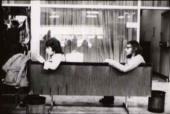 Zbigniew Kozłowski e Jerzy Grotowski, probabilmente in Australia nella primavera del 1974. Foto di Andrzej Paluchiewicz