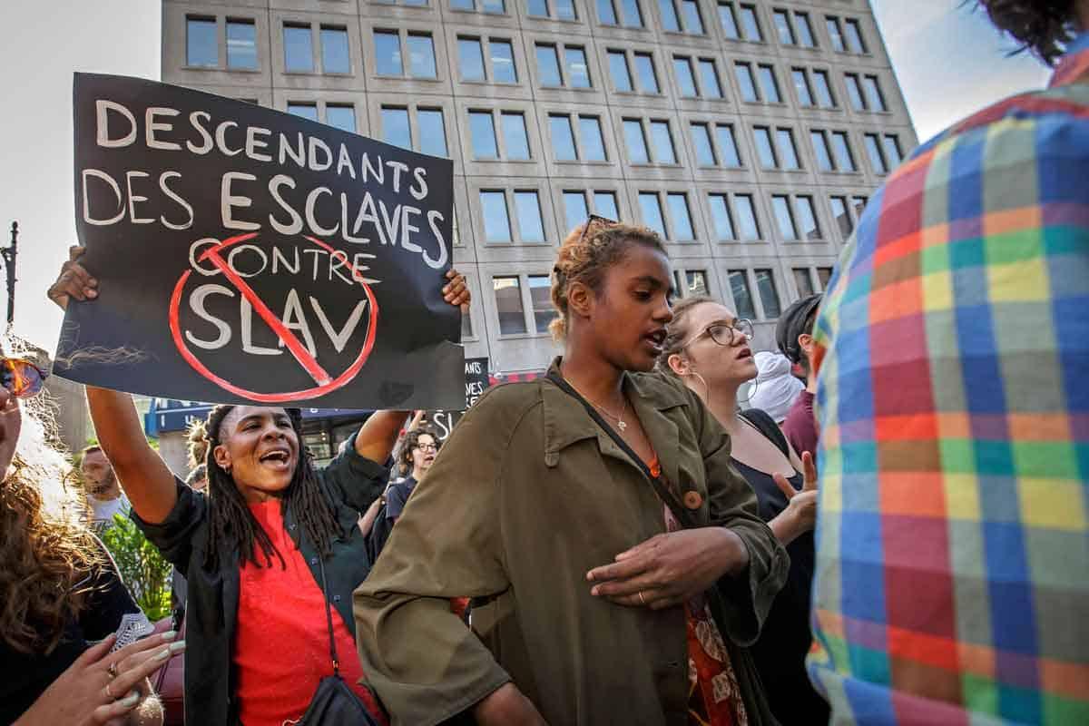 Proteste contro SLAV, regia di Robert Lepage, luglio 2018