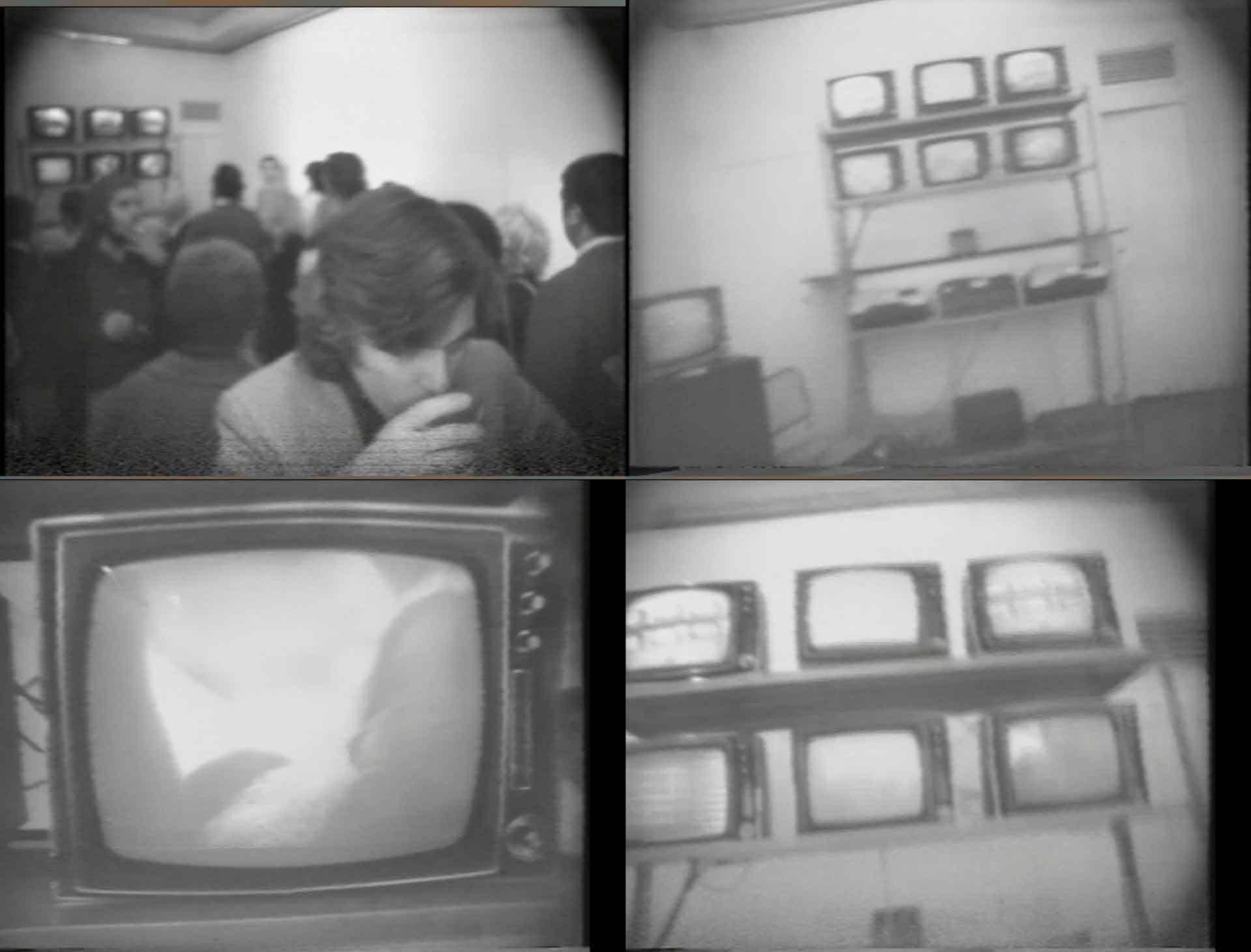 Still dal video di documentazione della serata inaugurale del centro del «Videobelisco Art Video Recording» e presentazione del «Video libro n. 1», Galleria dell'Obelisco, Roma 1971. Courtesy Archivio dell'Obelisco, La Centrale dell'Arte, Roma.