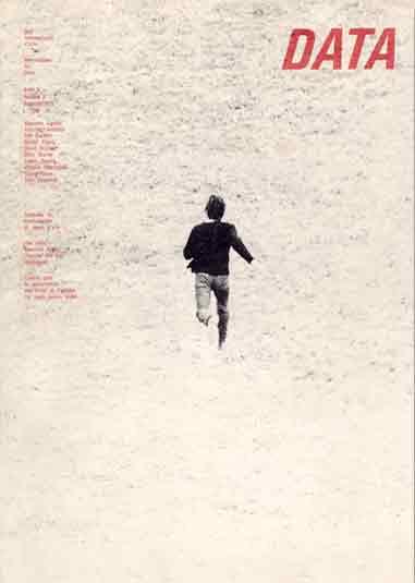 Copertina «Data» n. 2/1971, foto di copertina Giovanni Anselmo, Entrare nell'opera, foto di G. Anselmo (1971)