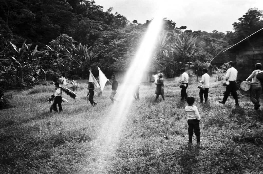 Villaggio di Guadalupe Trinidad, Foresta Lacandone, Chiapas, Messico1996. Foto di Mat Jacob.