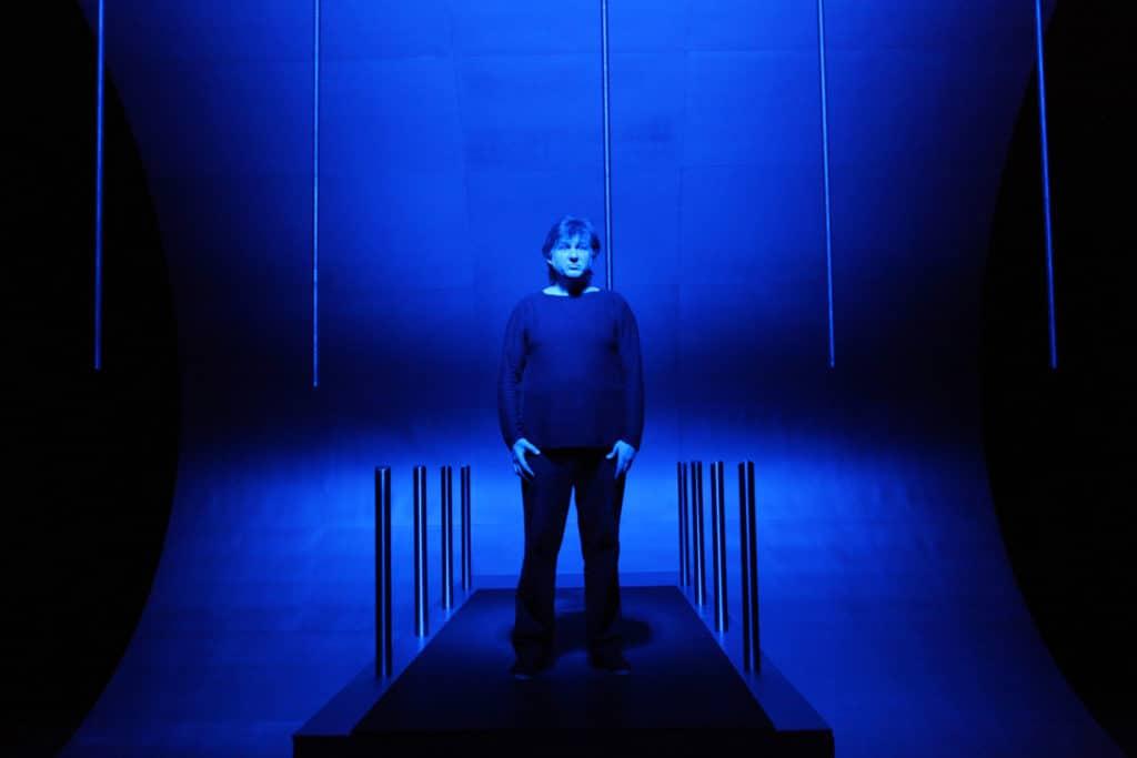 <em>Ode Maritime</em>, 2009, regia Claude Régy, luci Rémi Godfroy, foto Pascal Victor.