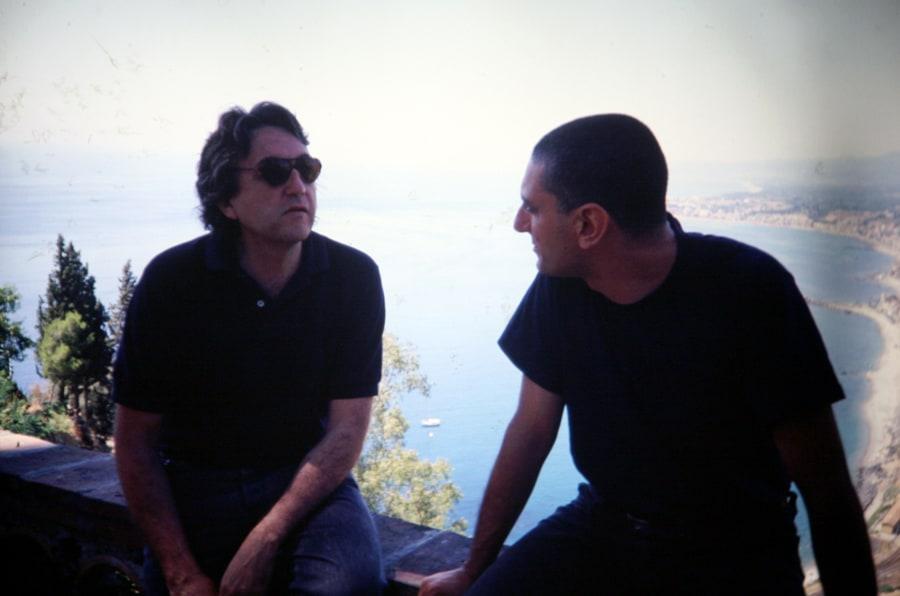 Antoni Muntadas, Alfredo Pirri, 1991. Foto di Gianfranco Mantegna. Rassegna internazionale video d'autore. Taormina.