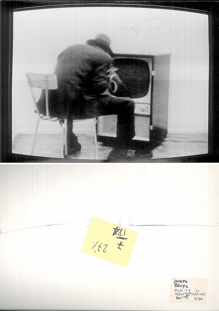 Joseph Beuys, Filz Tv, 1970 in Identifications di Gerry Schum