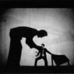 Giorgio Barberio Corsetti. Descrizione di una battaglia. 1988. Foto di Tilde De Tullio. Pubblicata in G. B. Corsetti, R. Molinari (a cura di), 'L'attore mentale', Ubulibri, Milano, 1992, pag.153