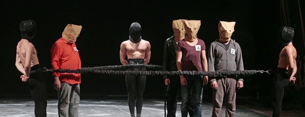 Copertina-teatro-anni-2000-Colletivo Cinetico. Amleto. 2014.