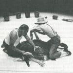 Remondi e Caporossi. Pozzo. 1978. Remondi e Caporossi tentano di bloccare l'orlo del pozzo.