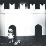 Il barone di Münchhausen, Mario Ricci, foto di John G. Ross, 1969, archivio 'Skema', pubblicata in Franco Quadri, 'L'avanguardia teatrale in Italia (materiali 1960-1976)', 2 voll., I, Einaudi, Torino 1977.