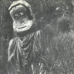 Giuliano Scabia. Il Gorilla Quadrumàno. 1974. Prima apparizione del gorilla a Morro Reatino, alto Lazio, alle pendici del Terminillo. Foto di Amanzio Fiorini di Nismossa.