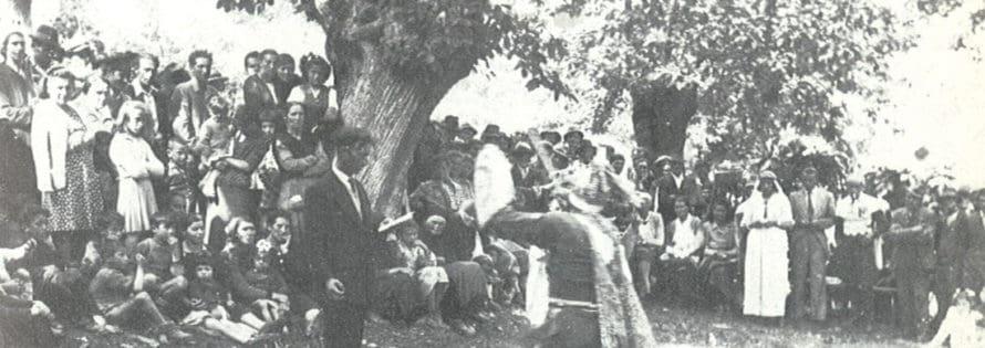 Giuliano Scabia. Il Gorilla Quadrumàno. 1974. Foto di Amanzio Fiorini di Nismossa.
