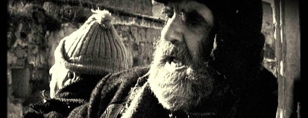 Franco Scaldati e Gaspare Cucinella. Lucio ripreso da Franco Maresco e inserito nel documentario da lui diretto: Gli uomini di questa città io non li conosco. Vita e teatro di Franco Scaldati.