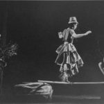 Compagnia di Carolyn Carlson in «Steppe». Pubblicata in Elisa Vaccarino, 'Altre scene, altre danze', Einaudi editore, Torino 1991