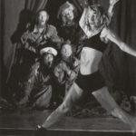 Nei leoni e nei lupi. Teatro Valdoca. 1997. Foto di Christian Bort. Pubblicata sin V. Valentini, 'Mondi,corpi,materie', Bruno Mondadori, 2007.