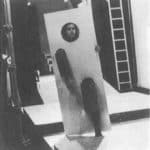 Achille Perilli, Gruppo Altro. Altro/Merz.1973. Il primo attore mutante si avvicina a Stefania Ciaraldi. Pubblicata in 'altro. Dieci anni di lavoro intercodice', edizioni Kappa, 1981